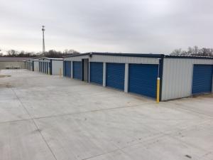 True-Blue Storage - Photo 1