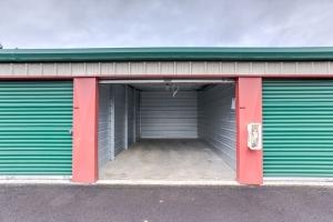 Image of Money Saver South Gresham Facility on 2118 SE Hogan Road  in Gresham, OR - View 4