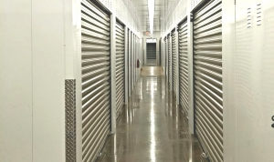 Picture of Advantage Storage - Highway20