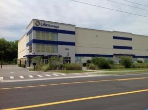 Image of Life Storage - Orlando - 14916 Old Cheney Highway Facility on 14916 Old Cheney Highway  in Orlando, FL - View 3