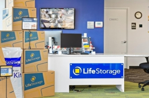 Image of Life Storage - East Hanover - 188 New Jersey 10 Facility on 188 New Jersey 10  in East Hanover, NJ - View 4
