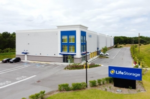 Life Storage - Wesley Chapel - 27050 State Road 56 - Photo 5