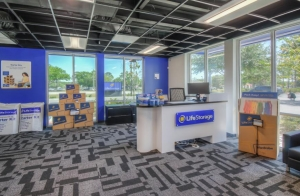 Life Storage - Oviedo - 1010 Lockwood Boulevard - Photo 4