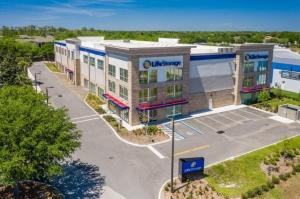 Image of Life Storage - Oviedo - 1010 Lockwood Boulevard Facility on 1010 Lockwood Boulevard  in Oviedo, FL - View 3