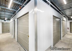CubeSmart Self Storage - Phoenix - 1201 E Cinnabar Ave. - Photo 4