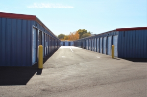 Cutting Edge Management - AAA Storage Depot - Photo 8