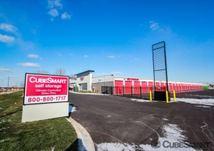 Image of CubeSmart Self Storage - Apple Valley Facility on 14570 Johnny Cake Ridge Road  in Apple Valley, MN - View 2