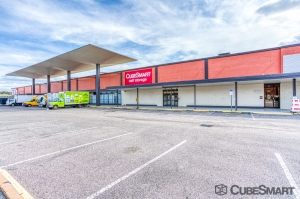 Image of CubeSmart Self Storage - Tampa - 2320 W. Hillsborough Ave. Facility at 2320 West Hillsborough Avenue  Tampa, FL