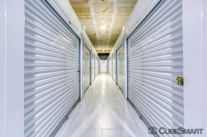 Image of CubeSmart Self Storage - Tampa - 2320 W. Hillsborough Ave. Facility on 2320 West Hillsborough Avenue  in Tampa, FL - View 2