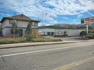 Image of Money Saver Johnson Creek Facility at 7702 SE 92nd Ave  Portland, OR