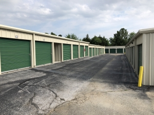 Advantage Self Storage - Springfield - Photo 4