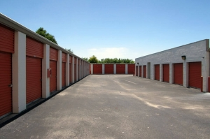 Image of Public Storage - Largo - 13750 Walsingham Road Facility on 13750 Walsingham Road  in Largo, FL - View 2