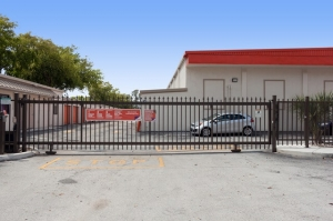 Image of Public Storage - Miami - 10460 SW 72nd Street Facility on 10460 SW 72nd Street  in Miami, FL - View 4