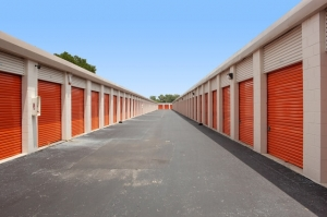 Image of Public Storage - Tampa - 11810 N Nebraska Ave Facility on 11810 N Nebraska Ave  in Tampa, FL - View 2