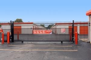 Image of Public Storage - Tampa - 11810 N Nebraska Ave Facility on 11810 N Nebraska Ave  in Tampa, FL - View 4