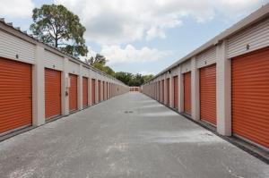 Image of Public Storage - St Petersburg - 1400 34th Street South Facility on 1400 34th Street South  in St Petersburg, FL - View 2