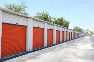 Image of Public Storage - Miami - 7511 NW 73rd Street Facility on 7511 NW 73rd Street  in Miami, FL - View 2