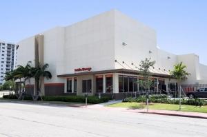 Image of Public Storage - Miami Beach - 1301 Dade Blvd Facility at 1301 Dade Blvd  Miami Beach, FL