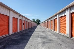 Image of Public Storage - Jacksonville - 5757 University Blvd W Facility on 5757 University Blvd W  in Jacksonville, FL - View 2