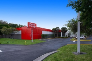 Image of Public Storage - Davie - 8150 W State Road 84 Facility at 8150 W State Road 84  Davie, FL