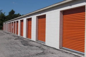 Image of Public Storage - Tarpon Springs - 38800 US Highway 19 North Facility on 38800 US Highway 19 North  in Tarpon Springs, FL - View 2