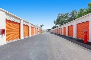 Image of Public Storage - Ft Lauderdale - 5080 N State Road 7 Facility on 5080 N State Road 7  in Ft Lauderdale, FL - View 2