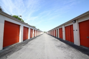 Image of Public Storage - Hialeah - 7200 W 20th Ave Facility on 7200 W 20th Ave  in Hialeah, FL - View 2