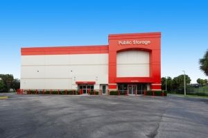Image of Public Storage - Ft Lauderdale - 1 NW 57th Street Facility at 1 NW 57th Street  Ft Lauderdale, FL