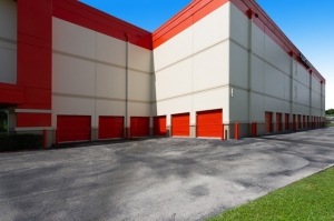 Image of Public Storage - Ft Lauderdale - 1 NW 57th Street Facility on 1 NW 57th Street  in Ft Lauderdale, FL - View 4