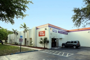 Image of Public Storage - Miami Lakes - 6050 NW 153rd Street Facility at 6050 NW 153rd Street  Miami Lakes, FL