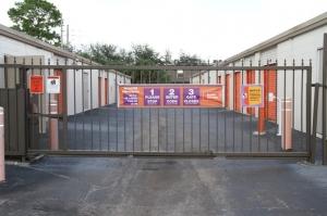 Image of Public Storage - Orlando - 2275 S Semoran Blvd Facility on 2275 S Semoran Blvd  in Orlando, FL - View 4
