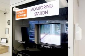 Image of Public Storage - Orlando - 2275 N Semoran Blvd Facility on 2275 N Semoran Blvd  in Orlando, FL - View 4