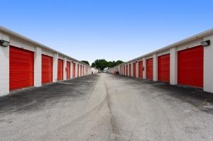 Image of Public Storage - Pompano Beach - 2250 Blount Road Facility on 2250 Blount Road  in Pompano Beach, FL - View 2