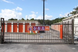 Image of Public Storage - Casselberry - 1131 State Road 436 Facility on 1131 State Road 436  in Casselberry, FL - View 4