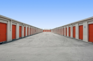 Image of Public Storage - Ft Lauderdale - 1020 NW 23rd Ave Facility on 1020 NW 23rd Ave  in Ft Lauderdale, FL - View 2