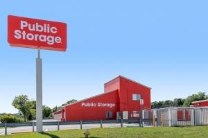 Public Storage - Jacksonville - 6333 Arlington Expressway - Photo 1