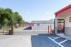 Image of Public Storage - Orlando - 1801 W Oak Ridge Road Facility on 1801 W Oak Ridge Road  in Orlando, FL - View 4