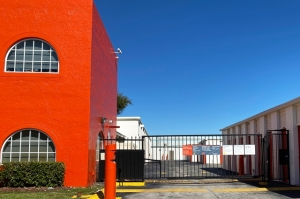 Image of Public Storage - Miami - 10821 NW 14th Street Facility on 10821 NW 14th Street  in Miami, FL - View 4