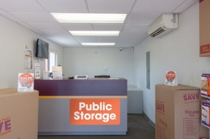 Image of Public Storage - Winter Park - 1625 State Road 436 Facility on 1625 State Road 436  in Winter Park, FL - View 3