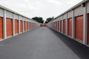 Image of Public Storage - St Petersburg - 4500 34th Street North Facility on 4500 34th Street North  in St Petersburg, FL - View 2