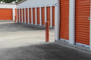 Image of Public Storage - Longwood - 570 N US Highway 17 92 Facility on 570 N US Highway 17 92  in Longwood, FL - View 2