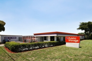 Public Storage - No Lauderdale - 7550 McNab Road - Photo 1