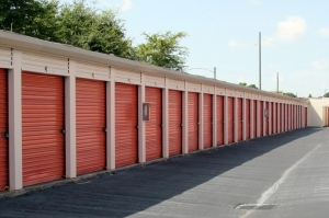 Public Storage - Pinellas Park - 6543 34th St N - Photo 2