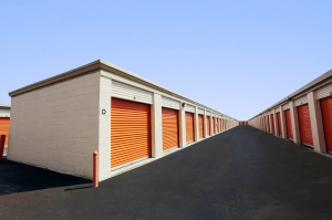 Public Storage - Miami - 18450 NE 5th Ave - Photo 2