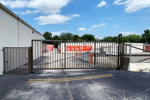 Image of Public Storage - New Port Richey - 6609 State Road 54 Facility on 6609 State Road 54  in New Port Richey, FL - View 4