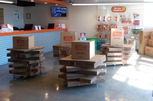 Public Storage - Aventura - 21288 Biscayne Blvd - Photo 3