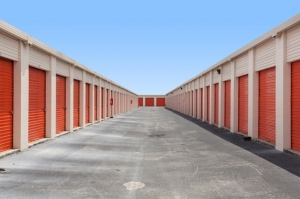Image of Public Storage - Tampa - 6940 N 56th Street Facility on 6940 N 56th Street  in Tampa, FL - View 2