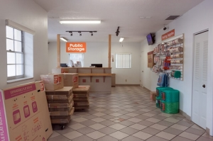 Image of Public Storage - Seminole - 6820 Seminole Blvd Facility on 6820 Seminole Blvd  in Seminole, FL - View 3