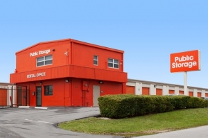 Image of Public Storage - Miami - 2445 NW 38th Street Facility at 2445 NW 38th Street  Miami, FL