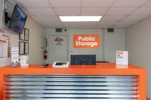 Image of Public Storage - Miami - 2445 NW 38th Street Facility on 2445 NW 38th Street  in Miami, FL - View 3